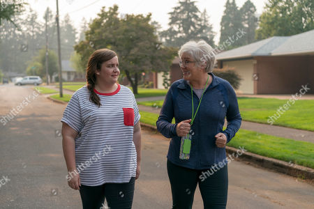 Aidy Bryant as Annie and Julia Sweeney as Vera