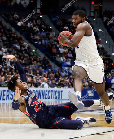 Phil Fitts Ford >> Saint Marys Gaels v Villanova Wildcats Stock Photos (Exclusive)   Shutterstock