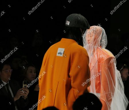Models exhibit creations by South Korean designer Han Hyun-min of MUNN during the Fall/Winter 2019 Seoul Fashion Week at the Dongdaemun design Plaza in Seoul, South Korea, 22 March 2019. The fashion week runs from 19 to 24 March.