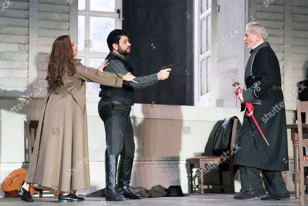 Anna Netrebko as Leonora, Yusif Eyvazov as Don Alvaro, Robert Lloyd as Marquis of Calatrava