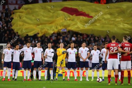 Players line up for minutes applause in respect of Gordon Banks OBE - England v Czech Republic, UEFA Euro 2020 Qualifier - Group A, Wembley Stadium, London - 22nd March 2019 Editorial Use Only