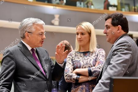 Belgian Foreign Affairs minister Didier Reynders chats with Irish Minister of State for European Affairs Helen McEntee and Spain's junior EU affairs minister Luis Marco Aguiriano.