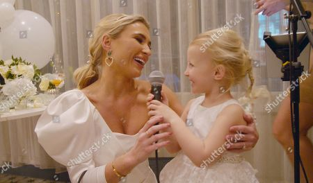 Editorial photo of 'Sam & Billie Faiers: The Mummy Diaries' TV Show, Series 5, Episode 6, UK - 10 Apr 2019