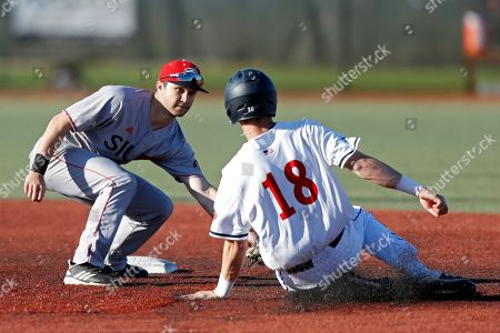 Southern Illinois's Jordan Ross tags Belmont's Grayson Taylor out at second base during an NCAA college baseball game, in Nashville, Tenn