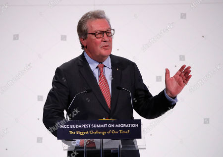 Stock Picture of Former Australian Foreign Minister Alexander Downer delivers his speech during the MCC Budapest Summit on Migration titled 'The Biggest Challenge of Our Time?' organized by the Mathias Corvinus Collegium (MCC) in Varkert Bazaar in Budapest, Hungary, 23 March 2019. Hungary hosts the global migration conference attended by many experts, decision-makers and diplomats in the field from around the world from March 22 to 24.