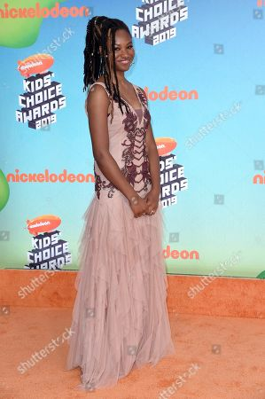 Reiya Downs arrives at the Nickelodeon Kids' Choice Awards, at the Galen Center in Los Angeles