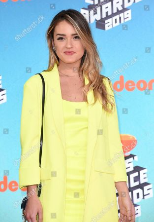Vale Genta arrives at the Nickelodeon Kids' Choice Awards, at the Galen Center in Los Angeles