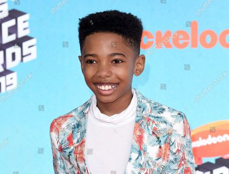 Seth Carr arrives at the Nickelodeon Kids' Choice Awards, at the Galen Center in Los Angeles