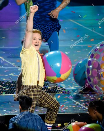 """Ethan Slater, from the cast of """"SpongeBob SquarePants: The Musical,"""" perform at the Nickelodeon Kids' Choice Awards, at the Galen Center in Los Angeles"""