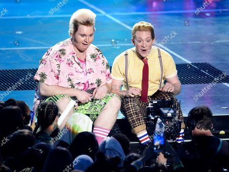 """Danny Skinner, Ethan Slater. Danny Skinner, left, and Ethan Slater, from the cast of """"SpongeBob SquarePants: The Musical,"""" perform at the Nickelodeon Kids' Choice Awards, at the Galen Center in Los Angeles"""