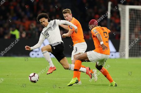 Leroy Sane, Matthijs de Ligt, Ryan Babel /   /        /       / Sport / Football / UEFA EM Qualifiers /   National Team DFB  /  2018/2019 / 24.03.2019 / Netherlands NED VS. Germany GER / DFL regulations prohibit any use of photographs as image sequences and/or quasi-video. /