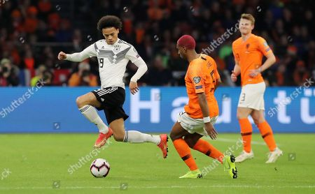 Leroy Sane, Ryan Babel /   /        /       / UEFA EM Qualifiers /   National Team DFB  /  2018/2019 / 24.03.2019 / Netherlands NED VS. Germany GER / DFL regulations prohibit any use of photographs as image sequences and/or quasi-video. /