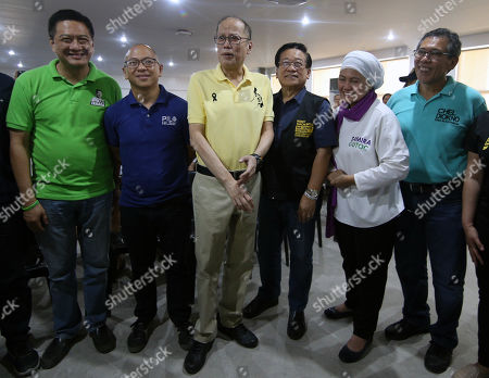Former Philippine President Benigno Aquino III (3-L) flanked by senatorial candidates Erin Tanada (L), Florin Hilbay (2-L), Romulo Macalintal (3-R),  Samira Gutoc (2-R), and Chel Diokno (R), during an election campaign in Cebu city, Philippines, 26 March 2019. According to reports, Aquino visited vote-rich province of Cebu and known as a bailiwick of Aquino's Liberal Party (LP) to lead the campaign of opposition senatorial candidates.