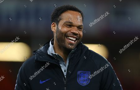 Joleon Lescott working as a coach with the England under 21s