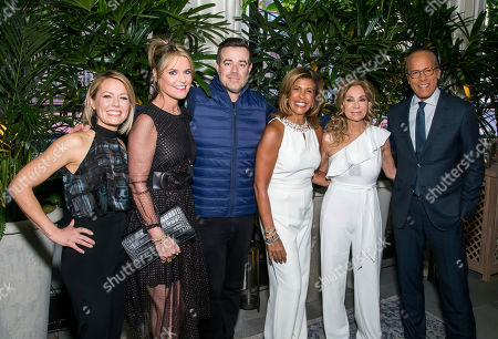 "Kathie Lee Gifford, Hoda Kotb, Savannah Guthrie, Carson Daly, Dylan Dreyer, Lester Holt. Dylan Dreyer, from left, Savannah Guthrie, Carson Daly, Hoda Kotb, Kathie Lee Gifford and Lester Holt attend ""A Toast to Kathie Lee"" the Kathie Lee Gifford farewell party at The Times Square Edition, in New York"