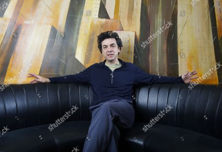 American journalist and author Stephen Dubner at the One Aldwych Hotel, London