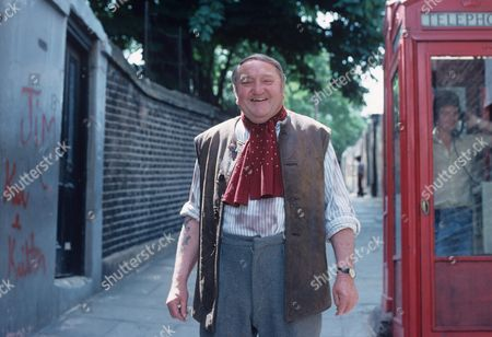 'Yus My Dear'   TV Series 2 Arthur Mullard