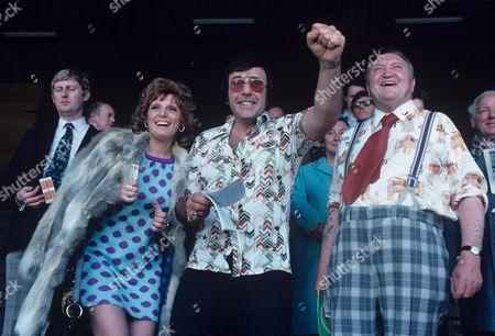 'Yus My Dear'   TV Series 2 Valerie Walsh, Mike Reid and Arthur Mullard