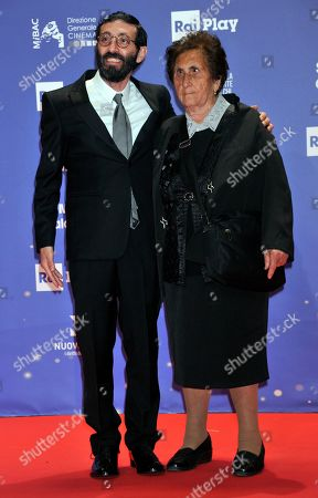 Marcello Fonte with his mother