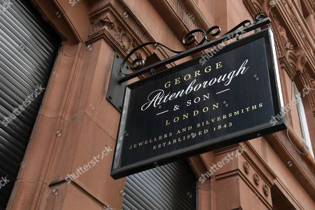 George Attenborough and Sons jewellery store in London, Britain, 27 March 2019. A major police hunt is under way following a jewellery heist at a building owned by Lord Sugar. Thieves drilled through a ground floor wall of a jewellers in Fleet Street from a neighbouring bookshop. Some three millions pounds worth of jewels and watches were taken.