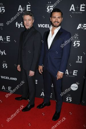 Aidan Gillen and Michael Malarkey