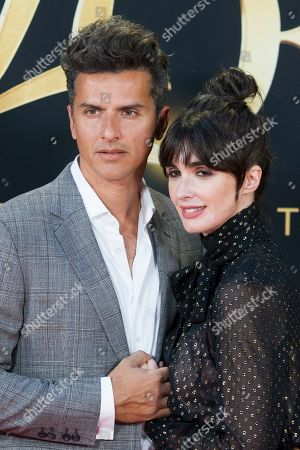 Stock Picture of Orson Salazar and wife Paz Vega