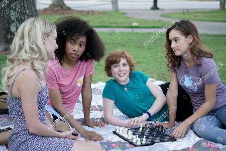 Laura Wiggins as Helen Corning, Zoe Renee as George Fayne, Sophia Lillis as Nancy Drew and Mackenzie Graham as Bess Marvin