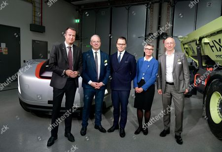 Stock Picture of Anders Ygeman, Minister for Energy and Digital Development, Martin Lundstedt, president and CEO of the Volvo Group, Prince Daniel, Lisbeth Schultze, and Lars Stenqvist, CTO Volvo