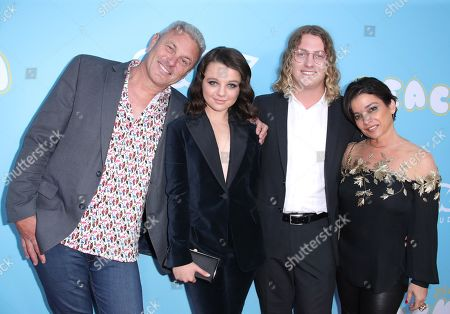 Mark Owen, Stefania LaVie Owen, Harry Ritchie and Margarita Owen