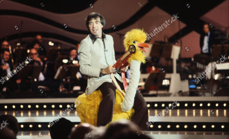 Stock Photo of Bernie Clifton on 'Blackpool Bonanza' TV Series - 1978, an 8-part ITV Granada series