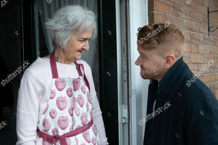 Ep 9741 Wednesday 10th April 2019 - 2nd Ep With Rick's eyes boring into him, Gary Windass, as played by Mikey North, reluctantly knocks on the door of a sweet old lady who, hearing he's offering loans, ushers him inside.