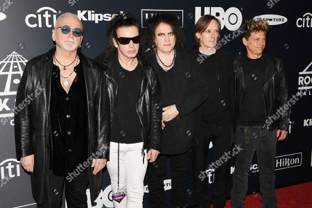 Reeves Gabrels, Simon Gallup, Robert Smith, Michael Dempsey, Jason Cooper, The Cure
