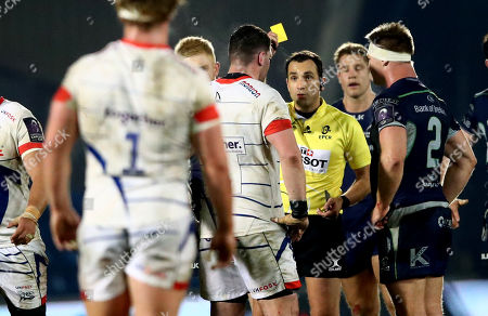 Sale Sharks vs Connacht. Referee Mathieu Raynal yellow cards James Phillips of Sale Sharks