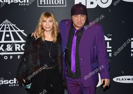 Steven Van Zandt, Maureen Van Zandt. Steven Van Zandt, right, and Maureen Van Zandt arrive at the Rock & Roll Hall of Fame induction ceremony at the Barclays Center, in New York