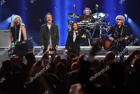 Rick Savage, Colin Blunstone, Susanna Hoffs, Ian Hunter. Inductee Rick Savage, of Def Leppard, inductee Colin Blunstone, of The Zombies, Susanna Hoffs and Ian Hunter perform at the Rock & Roll Hall of Fame induction ceremony at the Barclays Center, in New York