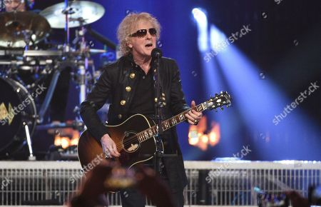 Stock Image of Ian Hunter performs at the Rock & Roll Hall of Fame induction ceremony at the Barclays Center, in New York