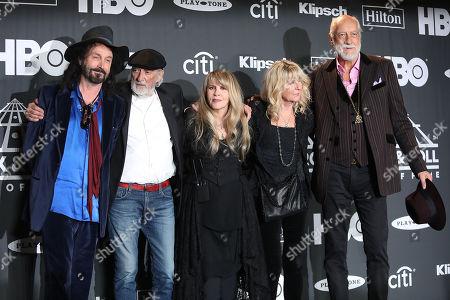 Mike Campbell, John McVie, Stevie Nicks, Christine McVie and Mick Fleetwood (Fleetwood Mac)