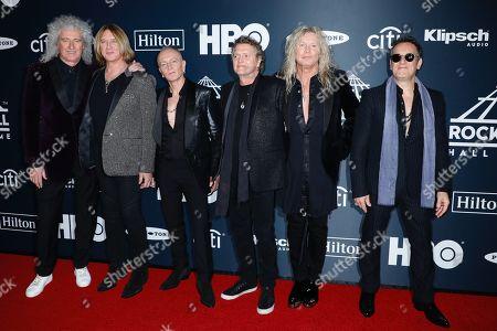 Brian May, Joe Elliott, Pete Willis, Steve Clark, Rick Savage, Vivian Campbell, Def Leppard