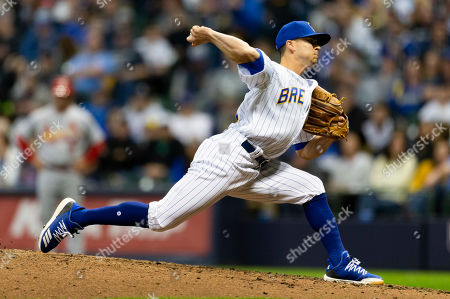 Milwaukee Brewers relief pitcher Taylor Williams #54 delivers a pitch during the Major League Baseball game between the Milwaukee Brewers and the St. Louis Cardinals at Miller Park in Milwaukee, WI
