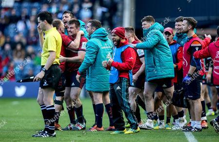 Edinburgh vs Munster. Munster's Andrew Conway, Jean Kleyn, Niall Scannell, JJ Hanrahan, Jack O'Donoghue and head of athletic performance Denis Logan celebrate