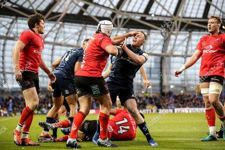 Leinster vs Ulster. Leinster's Rory O'Loughlin and Ulster's Rory Best scuffle after Ross Byrne try