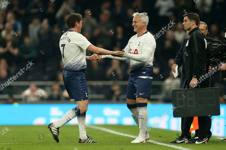 Darren Anderton of Spurs Legends is replaced by David Ginola of Spurs Legends during Spurs Legends vs Inter Forever, Test Event Match Two Football at Tottenham Hotspur Stadium on 30th March 2019