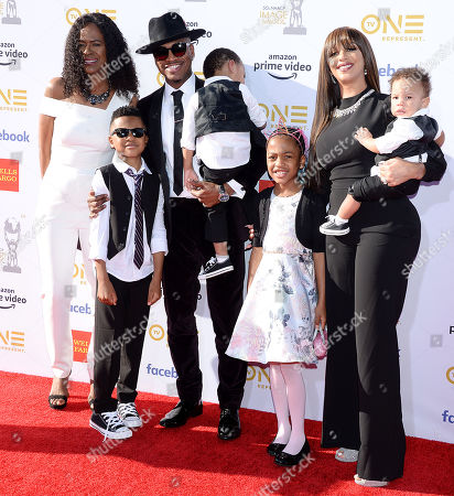 Stock Photo of Loraine Smith, Mason Smith, Ne-Yo, Shaffer Smith, Madilyn Smith, Crystal Renay and Roman Smith