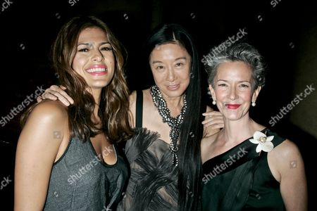 Stock Picture of Eva Mendes, Vera Wang and Catherine Walsh