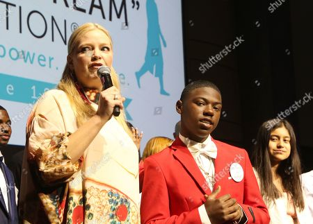 Melissa Peterman, I Have A Dream Foundation students