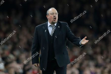 Newcastle's manager Rafael Benitez shouts during the English Premier League soccer match between Arsenal and Newcastle United at Emirates stadium in London