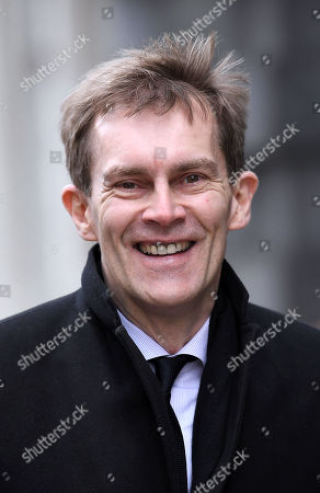 Seumas Milne leaves the Cabinet Office following a Brexit meeting