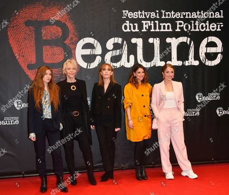 Agathe Bonitzer, Tonie Marshall, Lolita Chammah, Melanie Bernier, Alice Isaaz