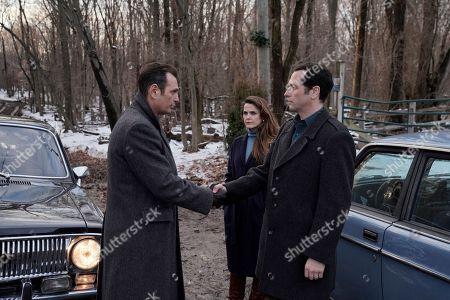 Lev Gorn as Arkady Zotov, Keri Russell as Elizabeth Jennings and Matthew Rhys as Philip Jennings