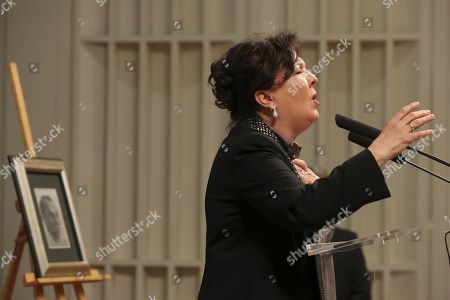 Spanish Flamenco singer Carmen Linares performs during the presentation of 'Epistolario General', the collected letters of Spanish poet Miguel Hernandez, at the Biblioteca Nacional (National Library) in Madrid, Spain, 05 April 2019.